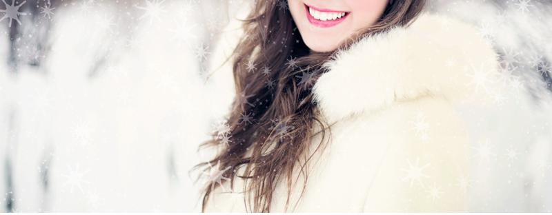 Vestidos de invierno para bodas - la opción del tradicional blanco nunca falla